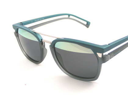 POLICEポリスサングラス ネイマールモデル S1948-NV8H(2015年モデル)police-sunglasses_s1948-NV8H-4.jpg
