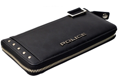 police_wallet_avoid2_pa-58602_10_02.jpg