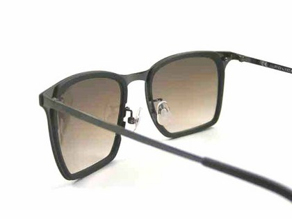 police-sunglasses-154i-ggn-5