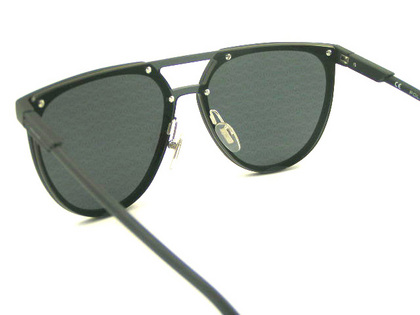 POLICEサングラス SPL586-6AAL(2018年モデル)police-sunglasses-spl586-6aal-5.JPG