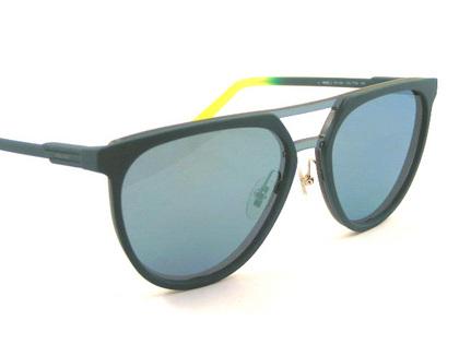 POLICEサングラス SPL586-7T9X(2018年モデル)police-sunglasses-spl586-7t9x-2.JPG