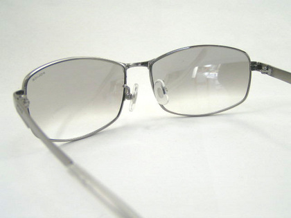 POLICEサングラス SPL743J-583X(2018年モデル)police-sunglasses-spl743j-583x-5.JPG
