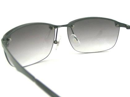 POLICEサングラス SPL745J-530N(2018年モデル)police-sunglasses-spl745j-530n-5.JPG