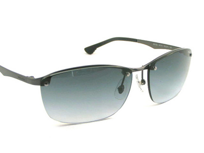 POLICEサングラス SPL745J-627L(2018年モデル)police-sunglasses-spl745j-627l-2.JPG