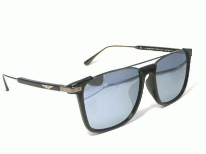 police_sunglasses_spla37j-700x-2.jpg