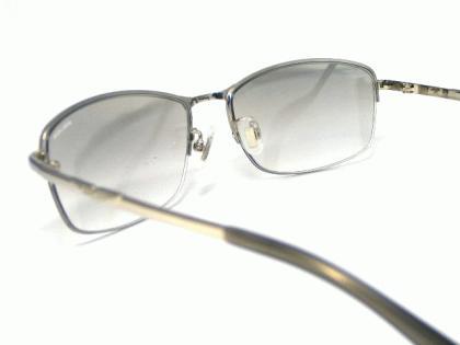 police_sunglasses_spla61j-583x-5.jpg