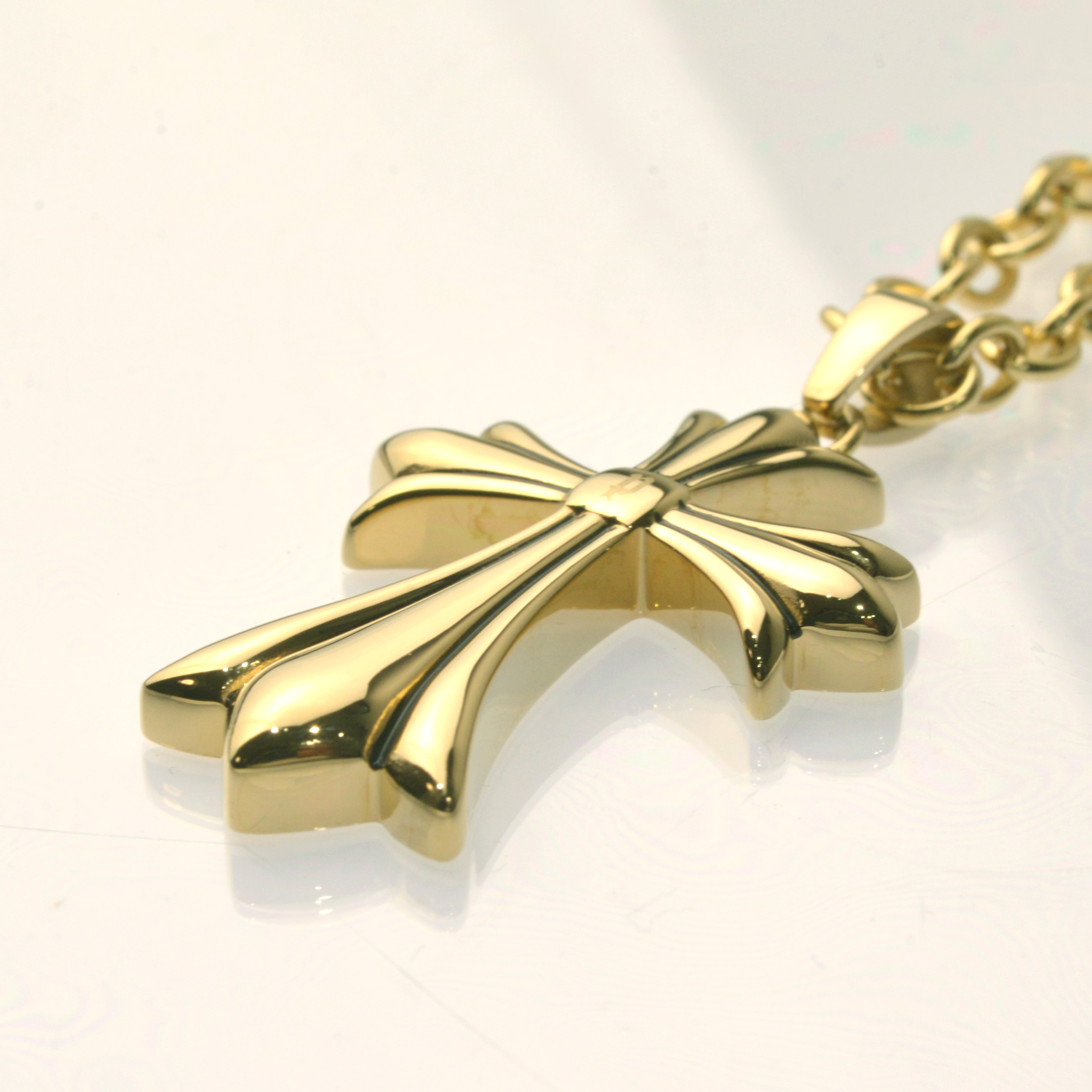 http://www.police.ne.jp/images/Police_necklace_grace_gold-01.jpg