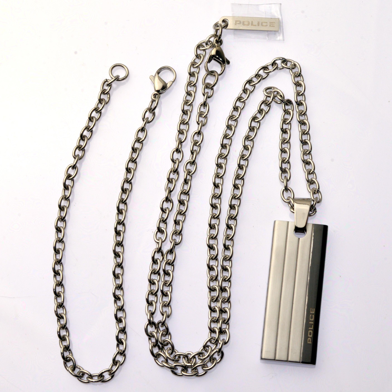 http://www.police.ne.jp/images/Police_necklace_inline-03.jpg