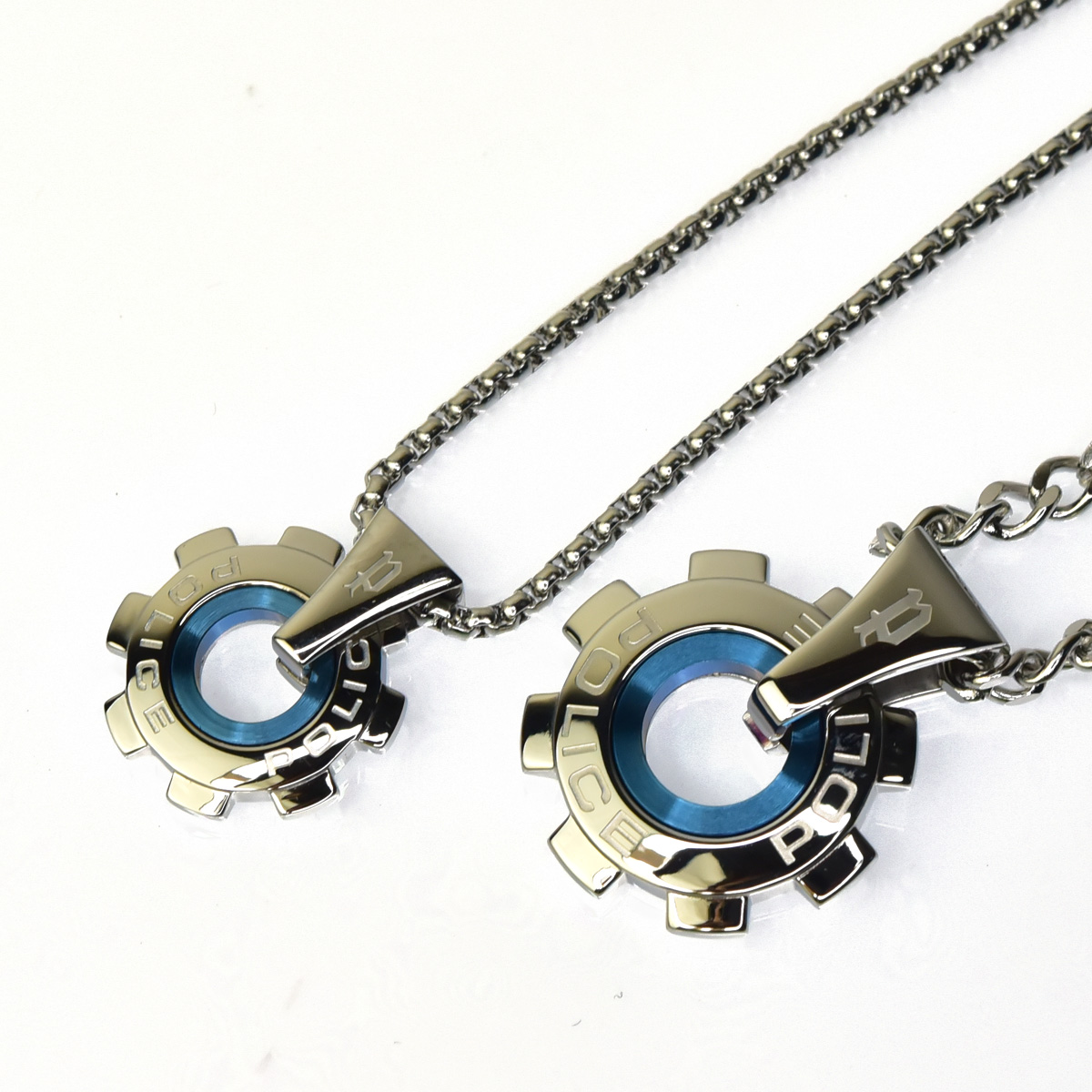 http://www.police.ne.jp/images/police_necklace_reactor_pea_01.jpg
