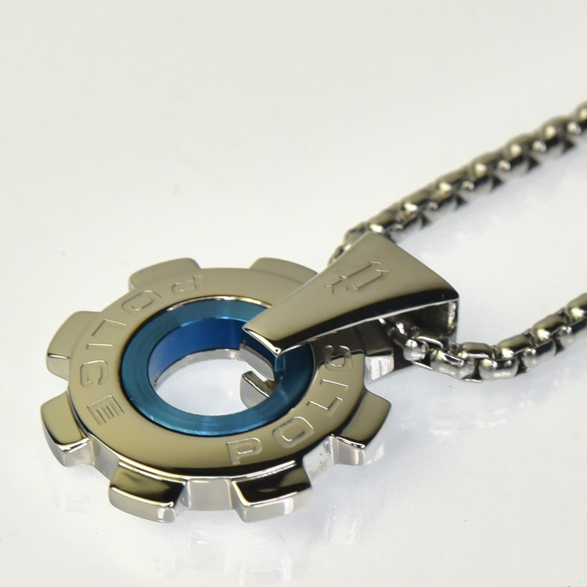 http://www.police.ne.jp/images/police_necklace_reactor_pea_02.jpg